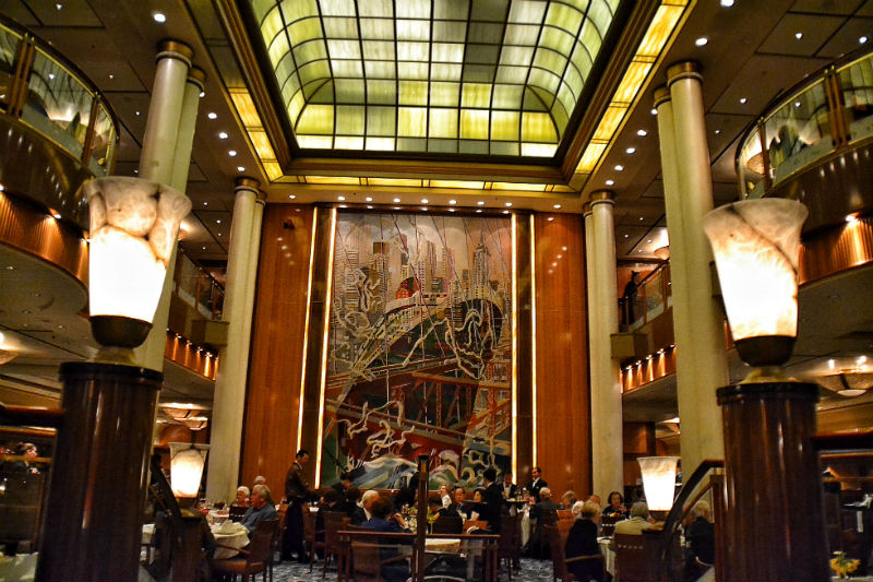 The Britannia Dining Room is the largest on the ship and seats 1300 people in an art-deco setting.
