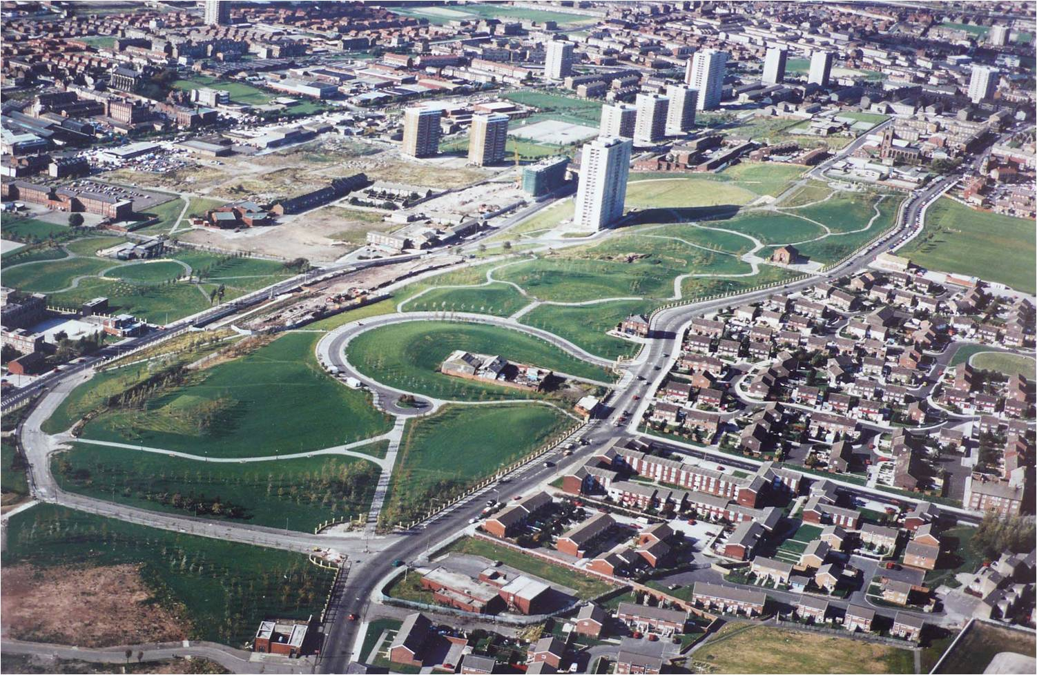 Everton Park when newly laid out - Aerial view c.1990. The park was created on the site of the failed 1960s/70s towers and estates,